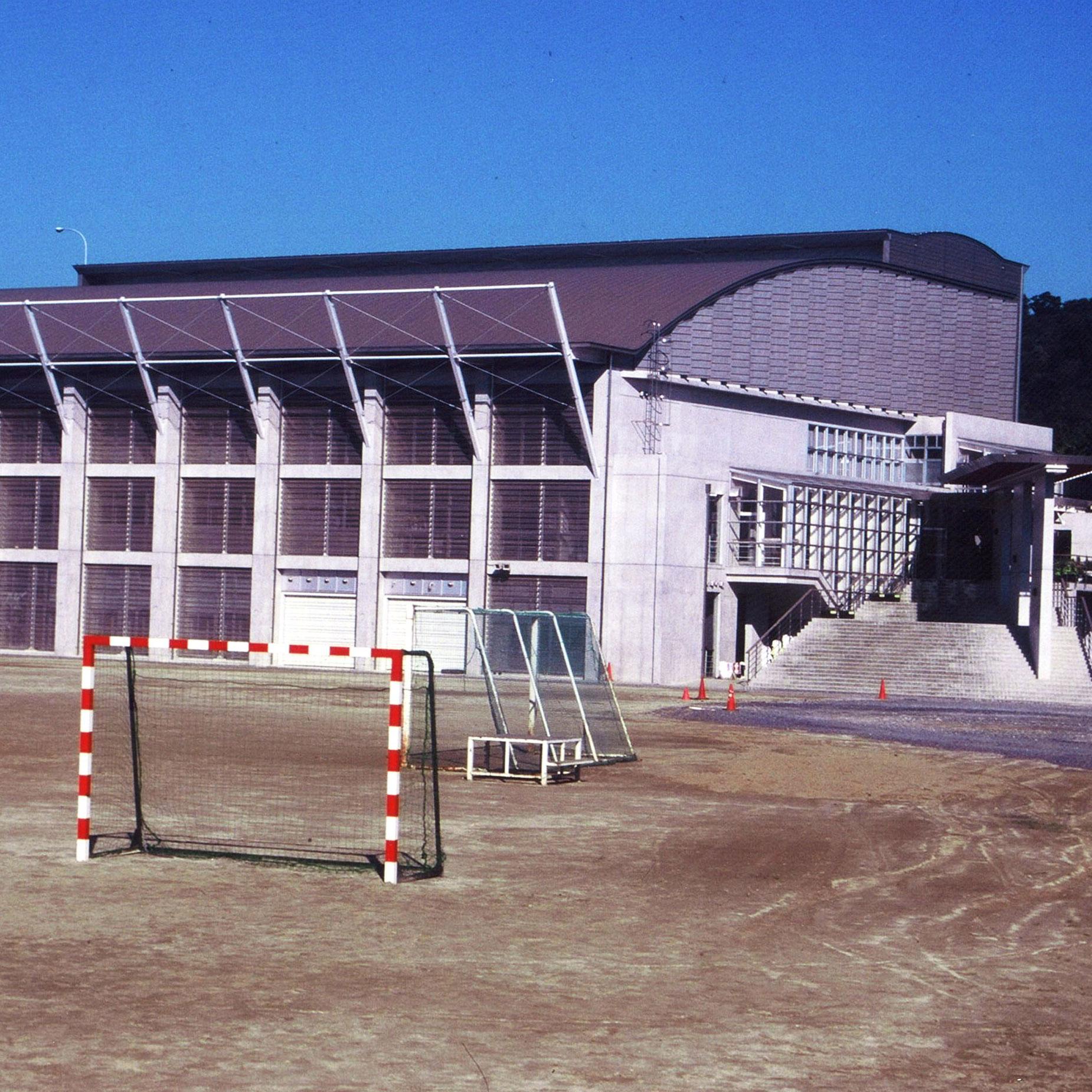 天草工業高校体育館