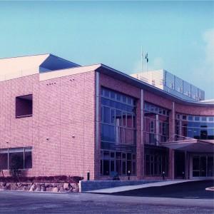 新和庁舎01